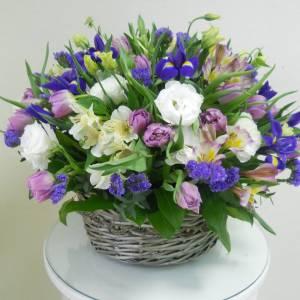 Корзина 51 разноцветный тюльпан R998